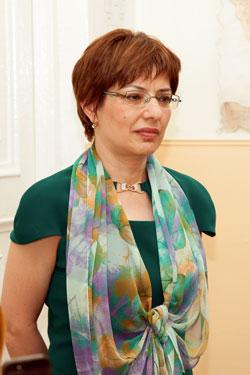 Հակոբյան Լարիսա